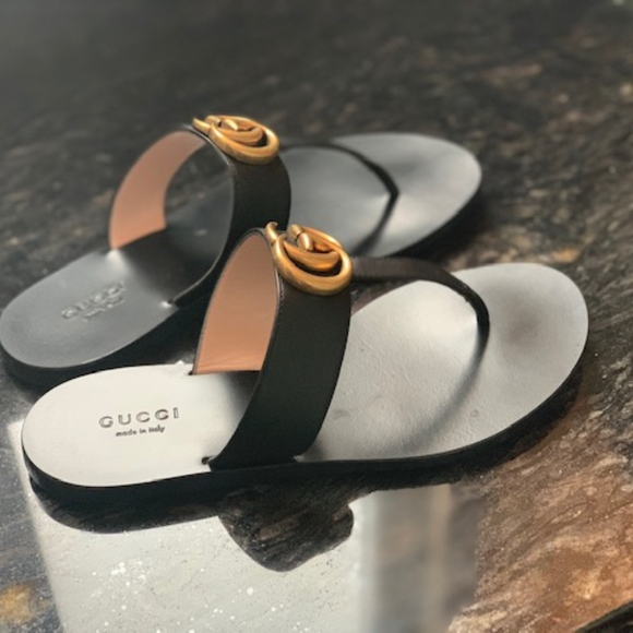 Gucci Shoes   Marmont Leather Thong